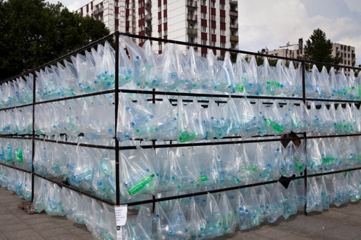 Labyrinth of Plastic, del collettivo dei Lutzinterruptus