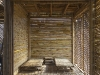 una camera tutta rivestita in bambù