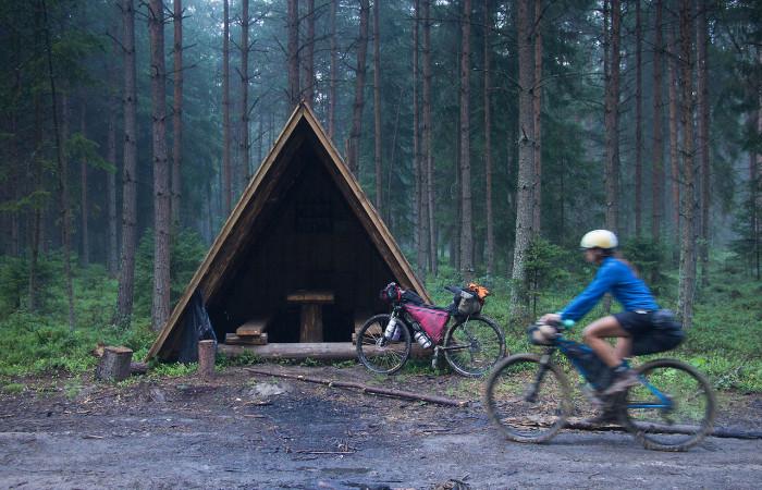 Rifugio per trekker e ciclisti, in Polonia, sul confine slovacco