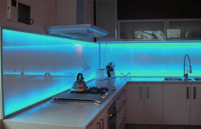 effetti di luce in cucina con LED