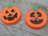 Le mini-zucche di Halloween fatte con i tappi