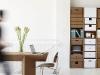 karton, libreria e scrivania