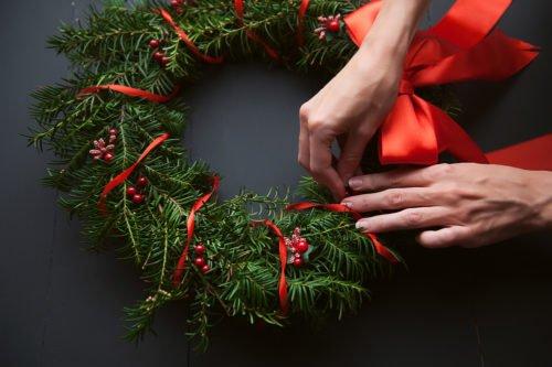Come decorare con erbe e fiori freschi e secchi