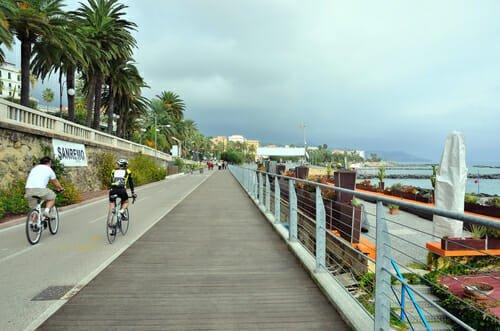Photo of Liguria in bicicletta: la nuova pista ciclabile a Sanremo, Riviera dei fiori