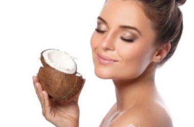 Le ricette di doposole naturale fai da te, per il viso e per il corpo