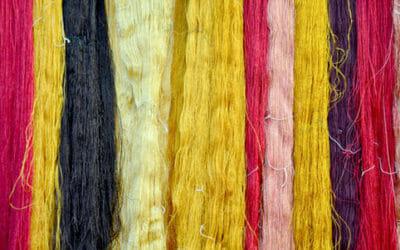 Mini-guida alle fibre naturali per vestiti: le classiche, le più nuove e le insolite