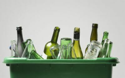 Tutto quello che c'è da sapere sul riciclo del vetro, una risorsa importante