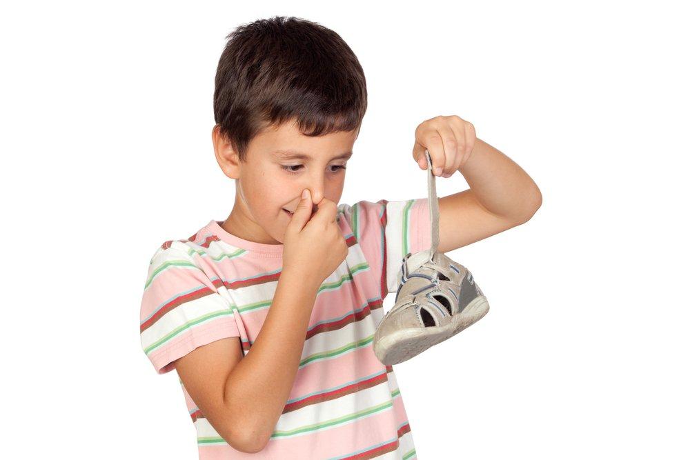 Cattivi Odori Delle Scarpe E Muffe Come Eliminarli Naturalmente