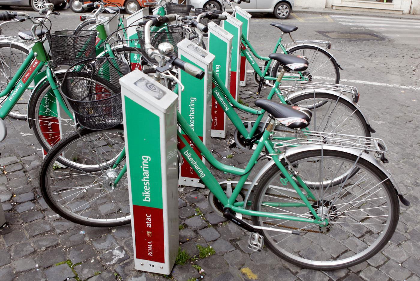 Photo of Bike Sharing is caring: come salvare una città con la bicicletta