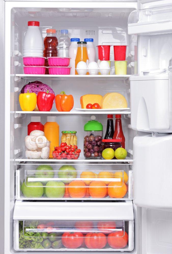 Photo of Tutti i consigli ed i suggerimenti per pulire il frigorifero in modo naturale