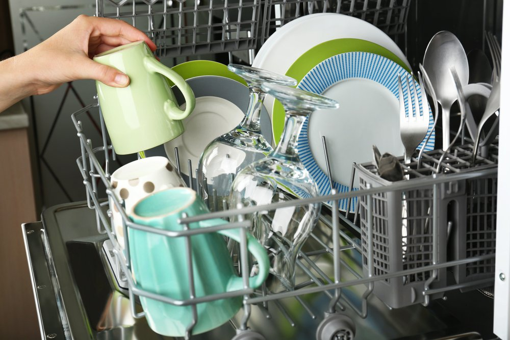 Photo of Pulizia lavastoviglie in modo naturale: 5 consigli pratici