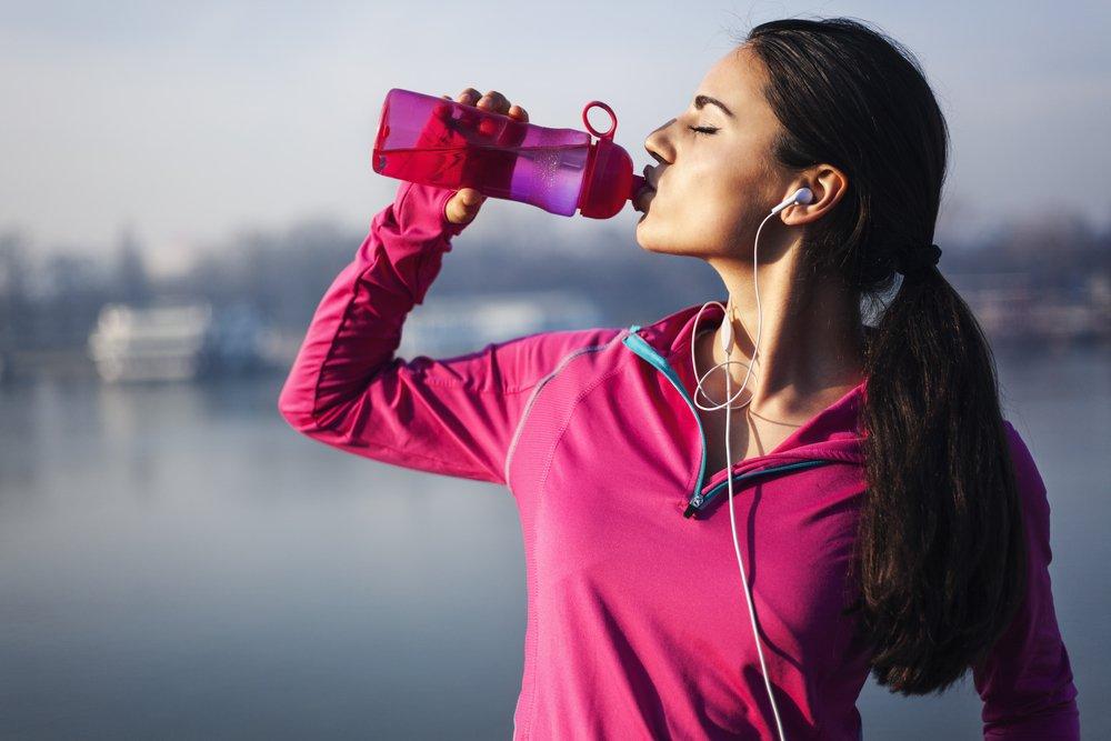 Photo of E' proprio vero che bere acqua fa bene alla salute? Anche qui non bisogna esagerare!