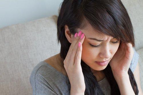 oli essenziali per il mal di testa