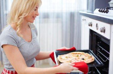 Perché la pizza cotta a legna è più buona di quella cotta nel forno di casa?