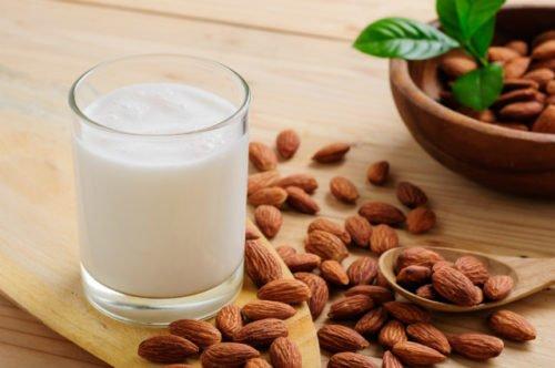 alternative naturali al latte vaccino