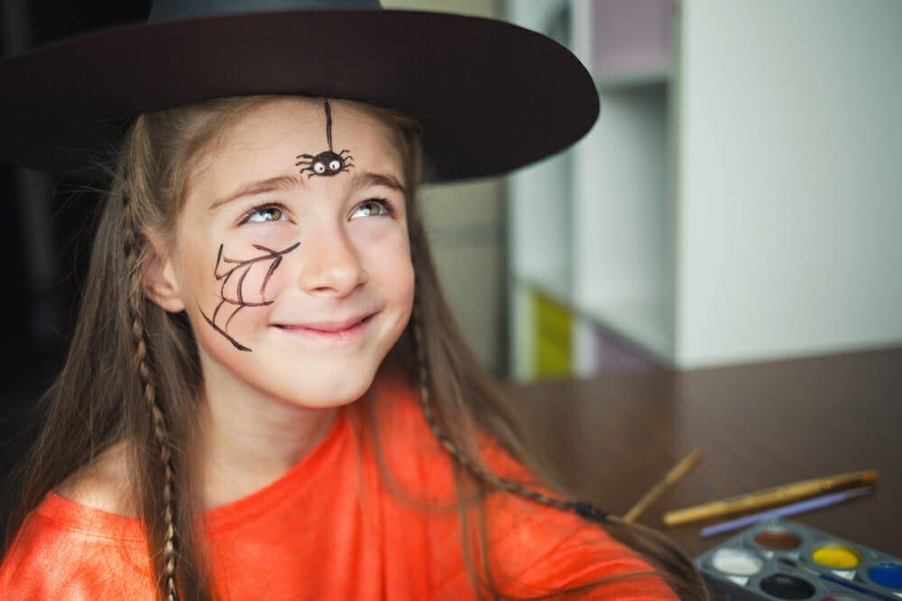 Photo of Ecco come fare delle decorazioni fai da te per Halloween più originali e sostenibili