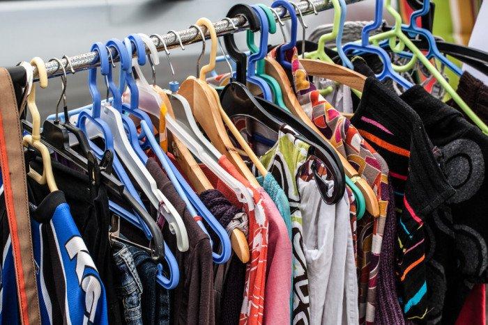 9d61f3bc54ac8 Come vendere vestiti usati  molti siti internet specializzati offrono buone  opportunità di guadagno