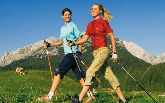 Dimagrire camminando - nordic-walking