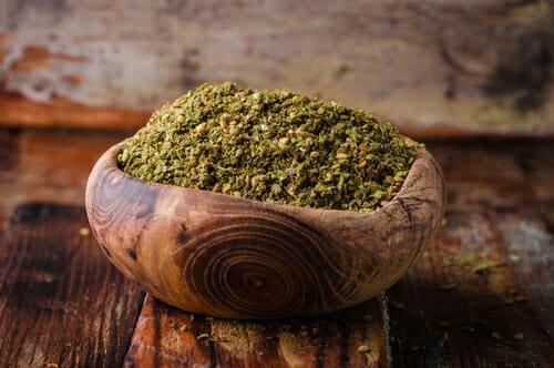 Photo of Una ricetta dal sapore mediorientale: vellutata di patate dolci e feta con zaatar