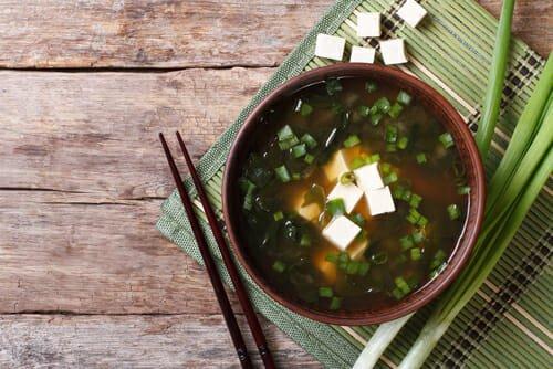 Photo of Zuppa di miso: la ricetta casalinga
