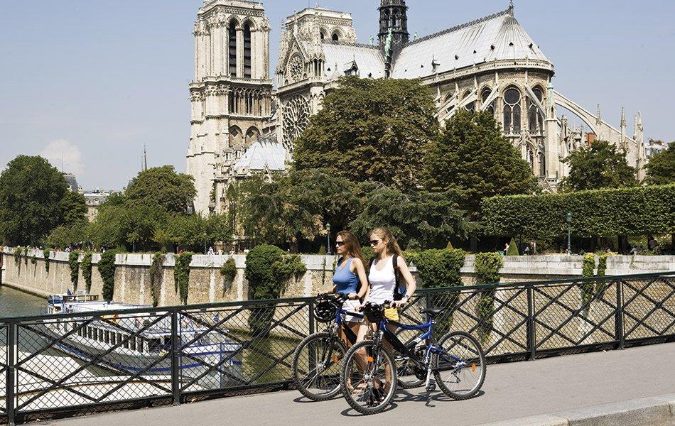 Photo of Parigi vuol diventare la capitale della mobilità alternativa alle auto