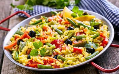 Risotto ai peperoni: tutti gli ingredienti e le ricette, anche vegane, con questa gustosa verdura estiva