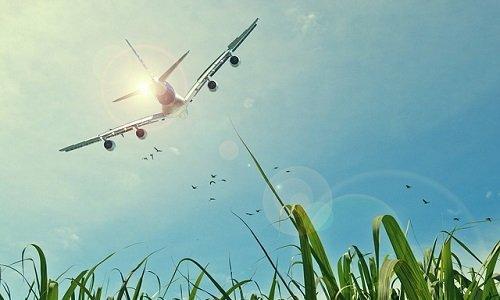 Photo of Il primo volo civile con biocarburanti lo fa Lufthansa