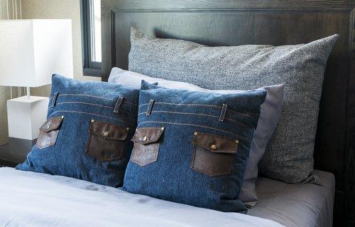 Come riciclare jeans cuscino