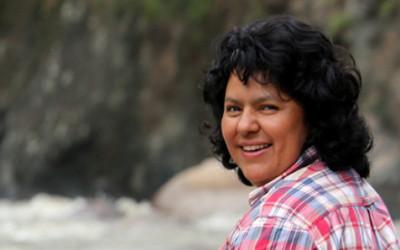 Morte di una ambientalista: cosa significa l'assassinio di Berta Cáceres