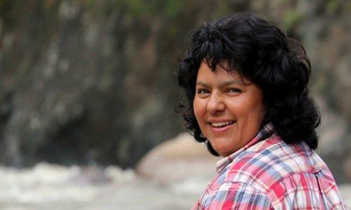 Photo of Morte di una ambientalista: cosa significa l'assassinio di Berta Cáceres