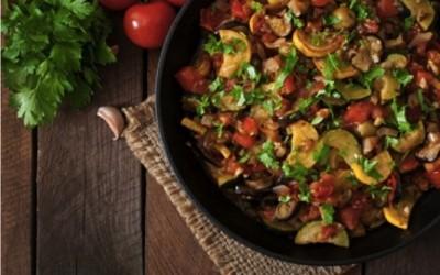 Ricetta ed ingredienti per preparare una ottima ratatouille di verdure di stagione arrostite