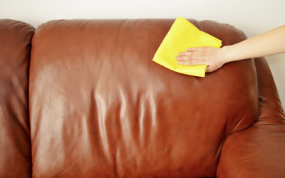 Come pulire divano in pelle consigli pratici e metodi naturali tuttogreen - Pulire divano in pelle ...