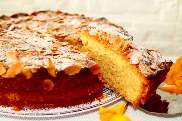 torta soffice di mandorle