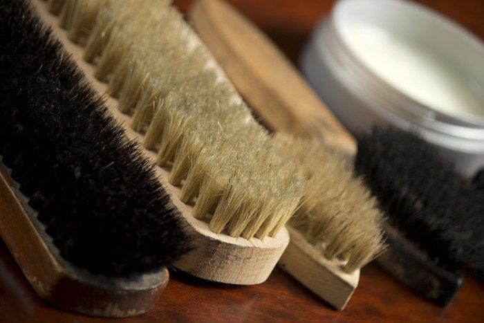 Come pulire divano in pelle consigli pratici e metodi naturali tuttogreen - Pulire la pelle del divano ...