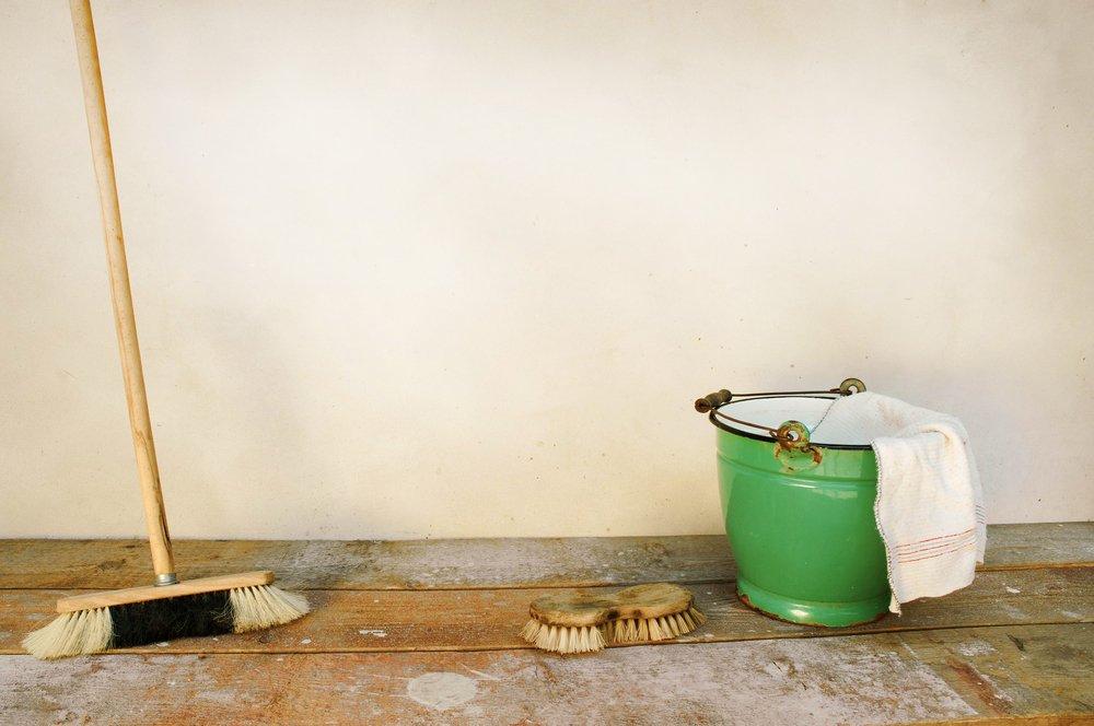 Macchie di vernice come pulire con metodi naturali tuttogreen