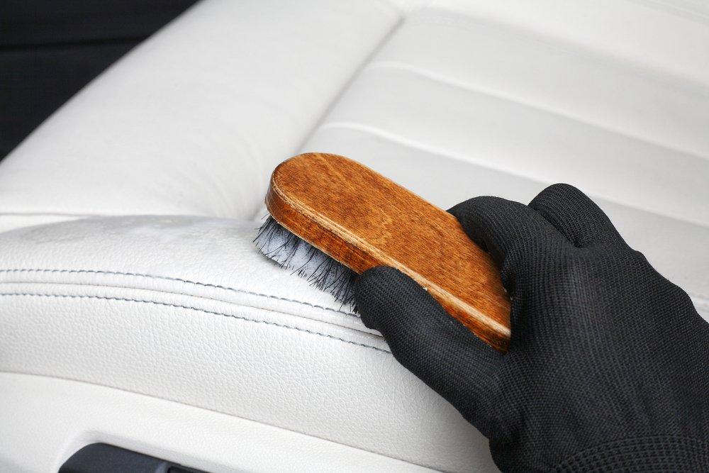 Photo of Come pulire gli interni dell'auto: dalla tappezzeria ai sedili