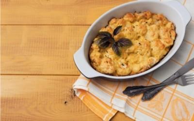 Come preparare il cavolfiore al forno con besciamella, ricetta ed ingredienti