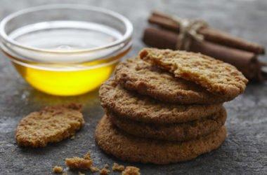 Biscotti al miele: integrali e senza burro né uova