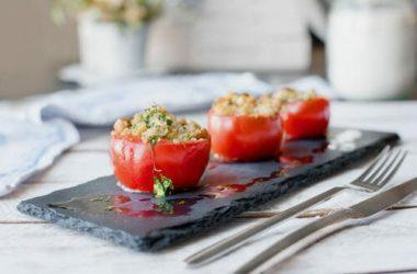 Pomodori ripieni al forno: ricetta ed ingredienti
