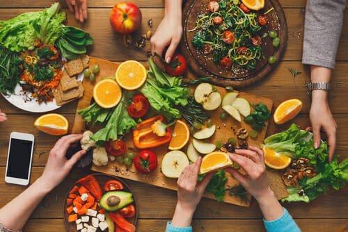 Photo of Volete diventare vegetariani? Ecco i consigli per assicurarsi un fabbisogno dietetico adeguato