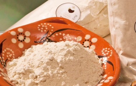 Photo of Farina di castagne: come si produce, le proprietà e gli utilizzi