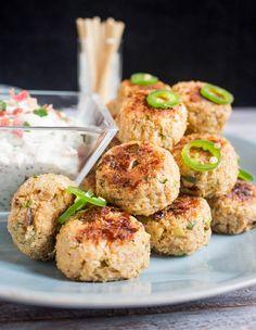 Photo of Polpette di cavolfiore al forno senza uova: ricetta vegana