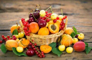 Frutta estiva: tutti i benefici per la salute e le delizie per il palato nella stagione più abbondante dell'anno
