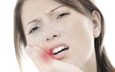 Mal di denti in gravidanza: rimedi naturali