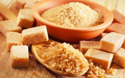Zucchero di canna integrale: proprietà e utilizzi