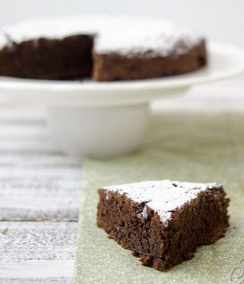 ricette con zucchine- torta zucchine e cioccolato