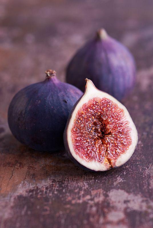 Photo of Tutto sui fichi: un frutto non solo buono, ma ricco di proprietà da conoscere