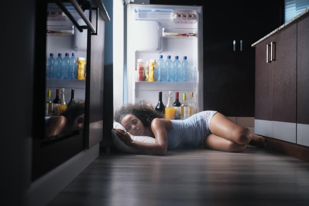 Photo of Tutto sulla sudorazione notturna e come curarla naturalmente
