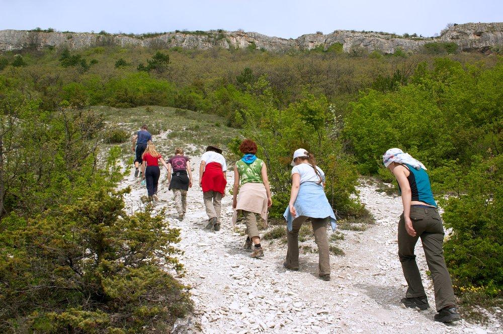 Photo of Viaggi a piedi: una filosofia che ci piace