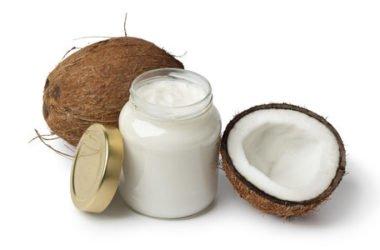 Burro di cocco fatto in casa: la ricetta facile
